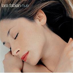 Lara Fabian : Nue