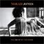 Norah Jones : Pick Me Up Off The Floor